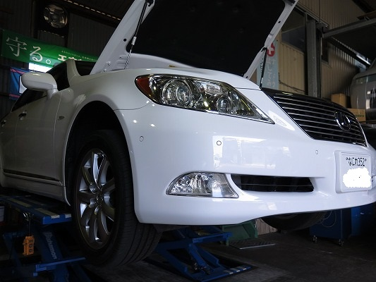 LS460 エアサス異音の原因は。    車高変化に一手間を。