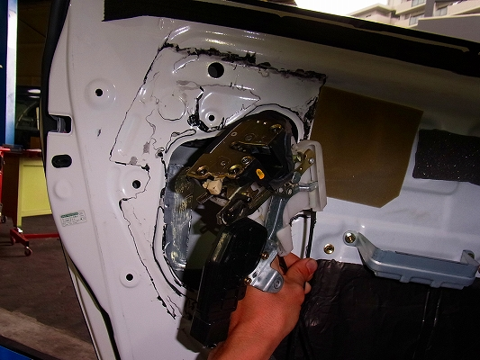 リペアマン?チェンジニア?    自動車修理は臨機応変。